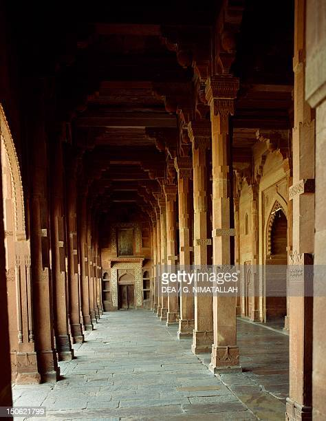 Arcade of the prayer hall of the Jama Masjid in Fatehpur Sikri India Indian civilization Moghol architecture