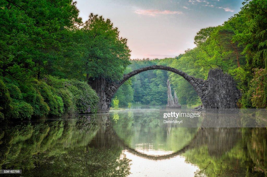 Arch Bridge (Rakotzbrucke) in Kromlau : Stock Photo