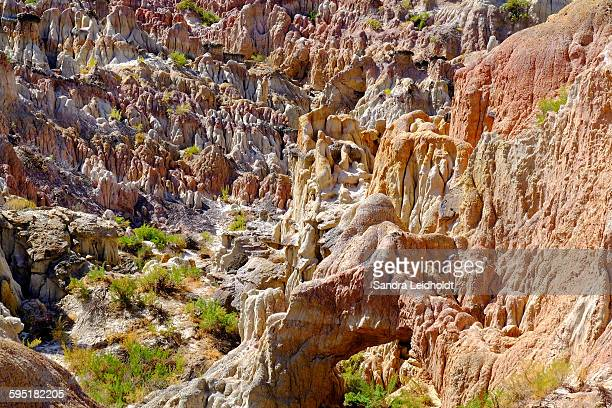 arch in hell's half acre - casper wyoming stock pictures, royalty-free photos & images