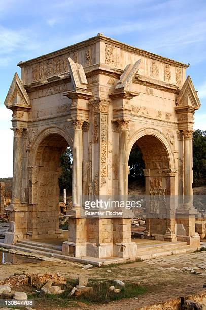 arch of septimus severus leptis magna libya - arch of septimus severus stock pictures, royalty-free photos & images