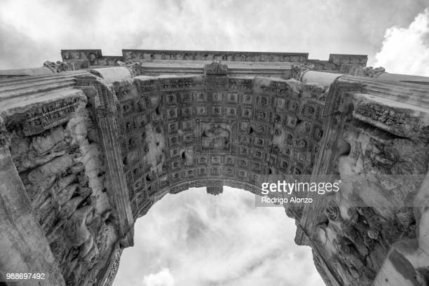 arch of titus - arch stock pictures, royalty-free photos & images