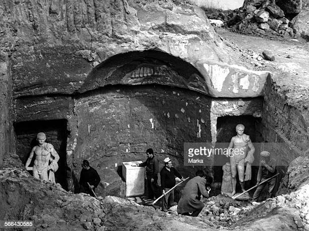 Archaeological Excavations In Rome For The Discovery Of A Roman Tomb 1967