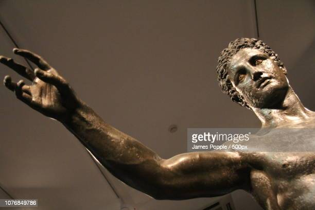 archaeological-museum-2013h - james popple foto e immagini stock