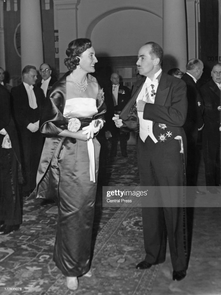Archduke Otto of Austria (1912 - 2011) and Alix, Princess Napoleon, attend a banquet given by the Belgian government at the Royal Palace of Brussels, 14th December 1960. The banquet is taking place for the guests who will be attending the wedding of King Baudouin of Belgium and Dona Fabiola de Mora y Aragon the following day.