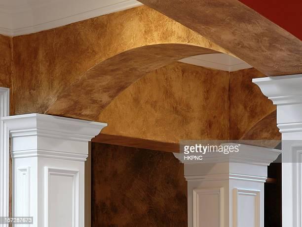 arches columns & faux finish - crown molding stockfoto's en -beelden
