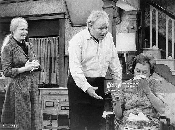Archie Bunker is stopped in mid-speech as he and his tearful, long-suffering wife Edith hear that their daughter Gloria is going to have a baby. This...