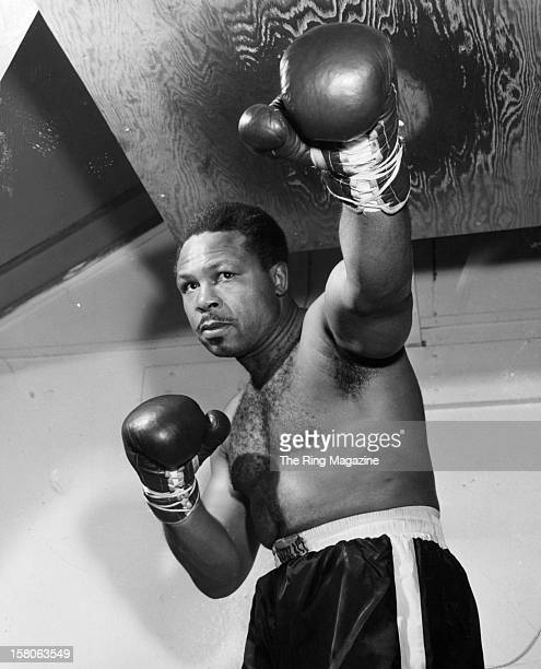 Archie Moore trains for a fight