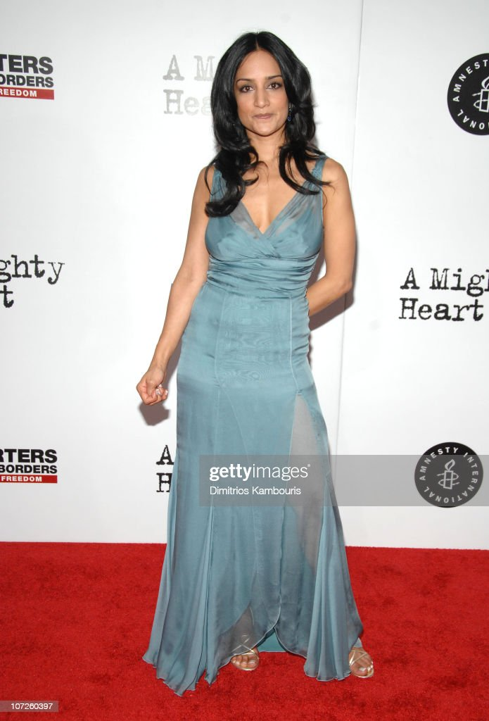 archie panjabi during 39 a mighty heart 39 new york city premiere photo d 39 actualit getty images. Black Bedroom Furniture Sets. Home Design Ideas