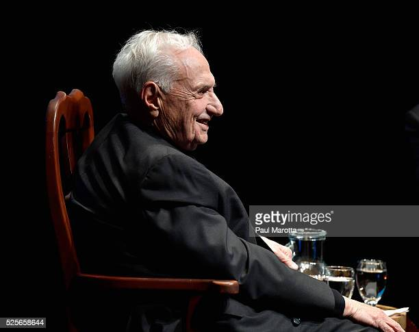 Architect Frank Gehry is interviewed by John Lithgow prior to receiving the 2016 Harvard Arts Medal at Harvard University on April 28 2016 in...