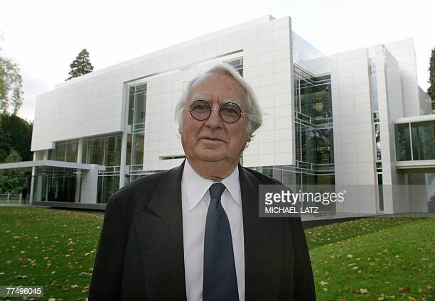Architect Richard Meier is pictured in Baden Baden, South West Germany, 21 October 2004. At 73 years old, Richard Meier is the youngest recipient of...