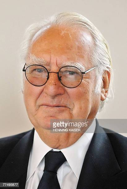 INTERVIEW US architect Richard Meier is pictured in Remagen Western Germany 26 September 2007 At 73 years old Richard Meier is the youngest recipient...