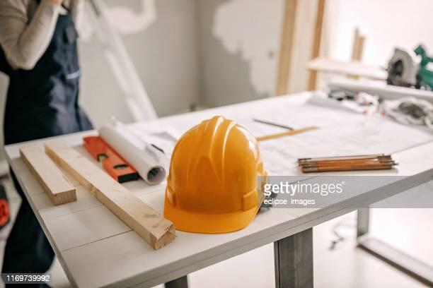 architect tabel arangment - herbouwen stockfoto's en -beelden