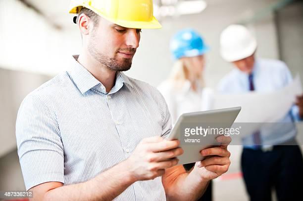 建築家、お仕事仲間との背景