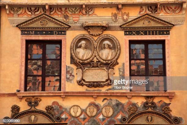 architectural detail in piazza dei signori in verona - algarismo romano imagens e fotografias de stock