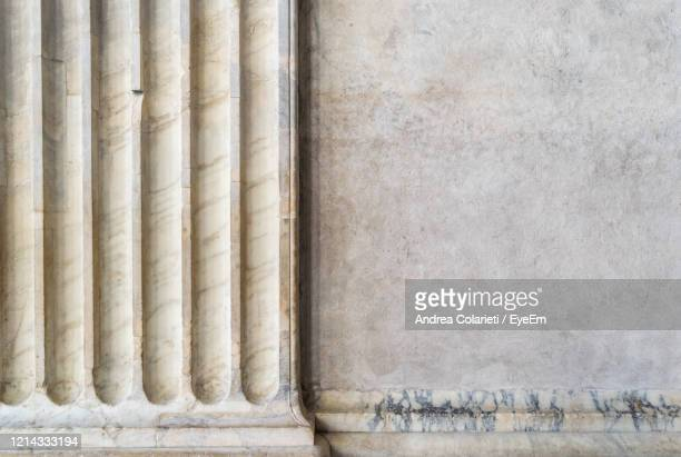 architectural detail of historic building - colonnade stock pictures, royalty-free photos & images