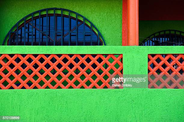 architectural detail of home on isla mujeres - mujeres fotos stockfoto's en -beelden