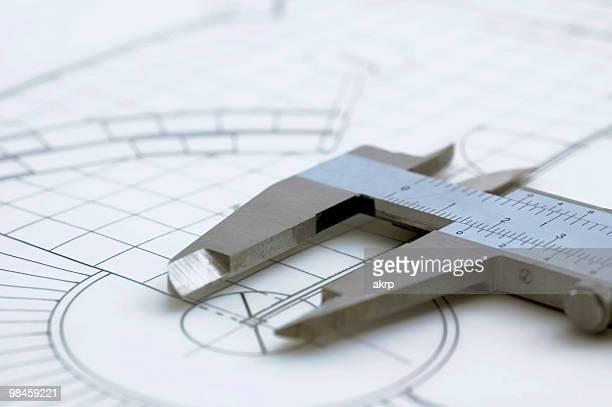 Architektonische Zeichnung & Schieblehre