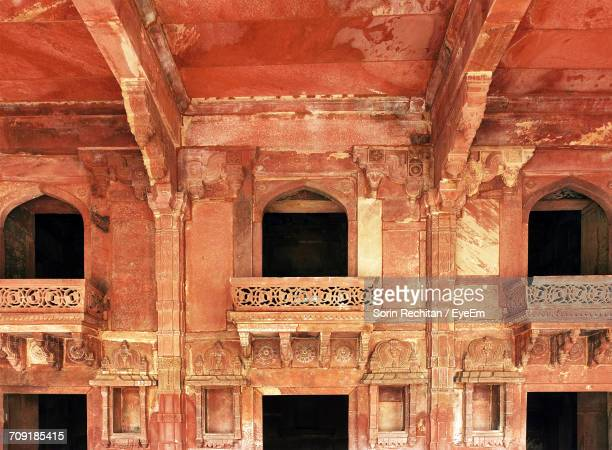 architectural features of jodha bais palace - palace of jodha bai stock pictures, royalty-free photos & images