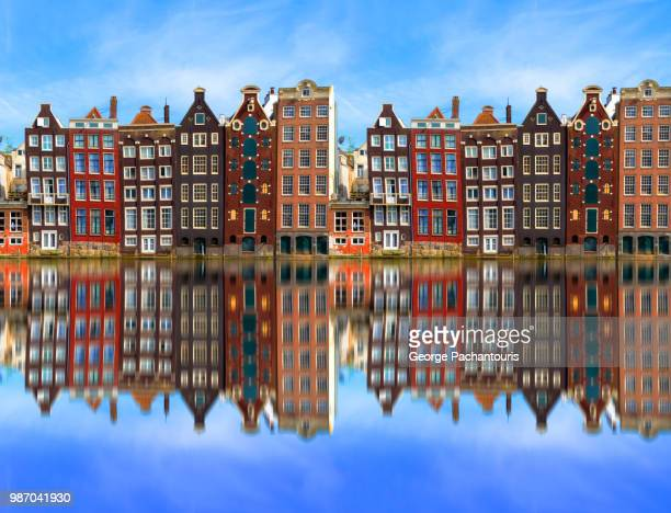 architecture in amsterdam, holland - niederlande stock-fotos und bilder