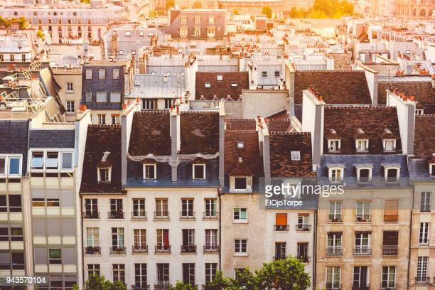 architecture in paris city, centre georges pompidou neighborhood, france - centre pompidou stock pictures, royalty-free photos & images