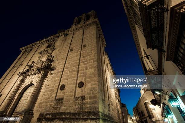architecture in spain - carmona fotografías e imágenes de stock