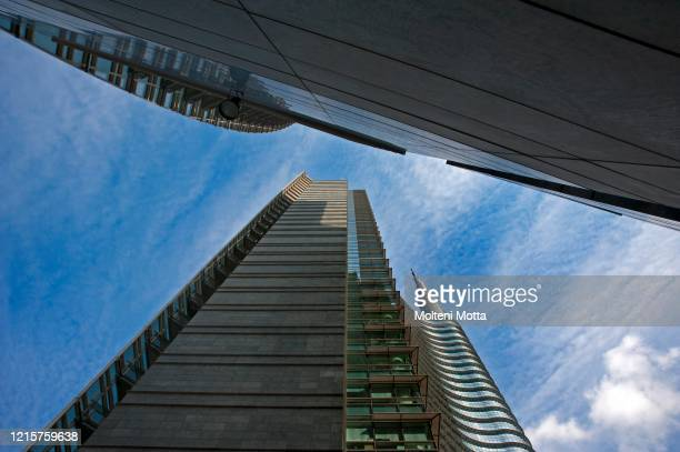 Architecture, Milan Unicredit Tower project by architect Cesar Pélli 14.