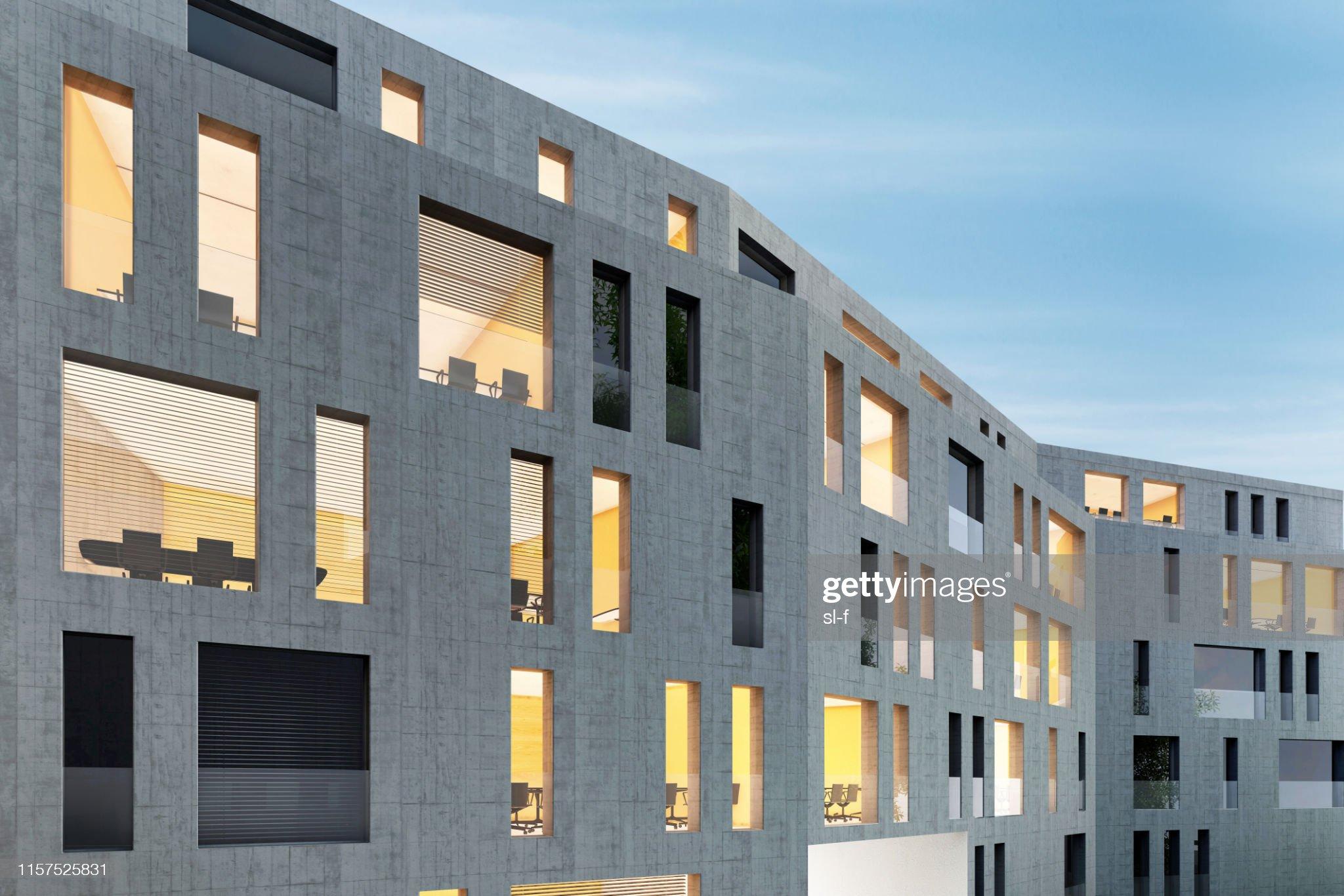 Modern kontorsbyggnad i betong