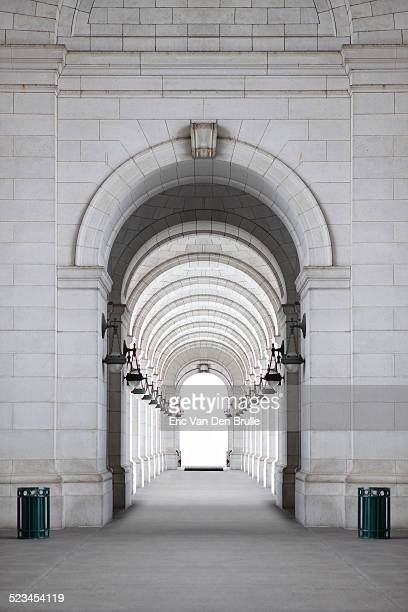 archway - eric van den brulle stock pictures, royalty-free photos & images