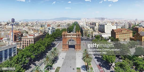 arco de triunfo de barcelona, spain - panoramic imagens e fotografias de stock