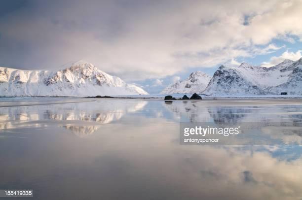 Praia Ártico a Ilhas Lofoten