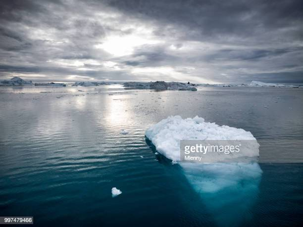 arctic icebergs greenland disko bay ilulissat - greenland stock pictures, royalty-free photos & images