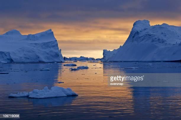北極深夜 0 時