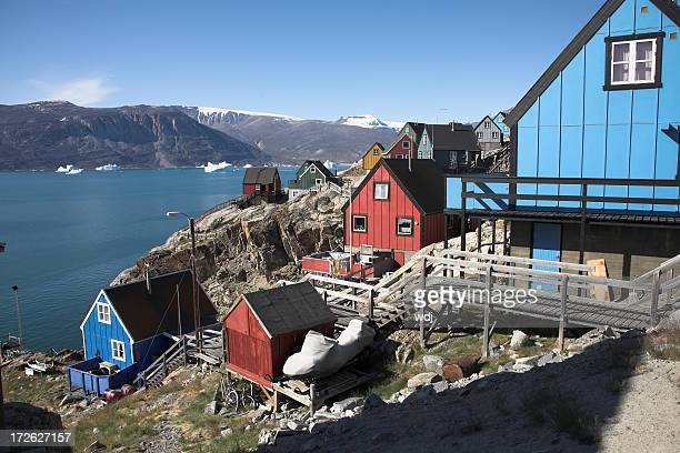 arctic modern village - inuit stock pictures, royalty-free photos & images