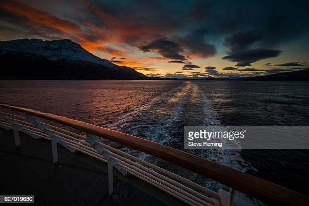 arctic sunrise and sunset together in the twilight, norway. - heck stock-fotos und bilder