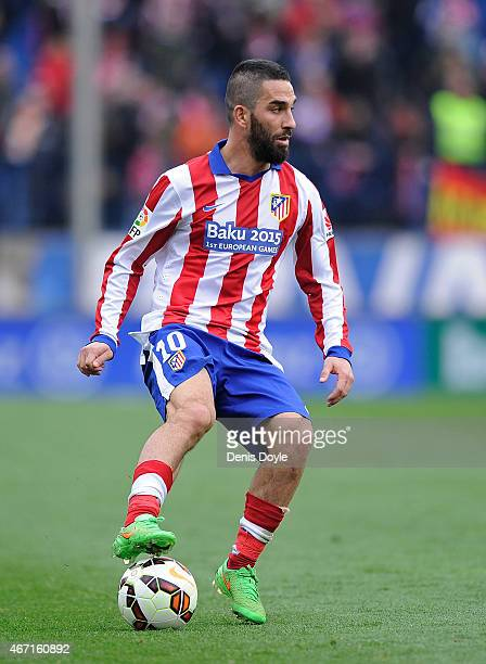 Arda Turan of Club Atletico de Madrid controls the ball during the La Liga match between Club Atletico de Madrid and Getafe CF at Vicente Calderon...