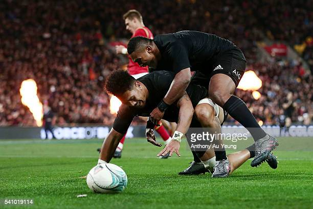 Ardie Savea of New Zealand celebrates with teammate Waisake Naholo after scoring a try during the International Test match between the New Zealand...