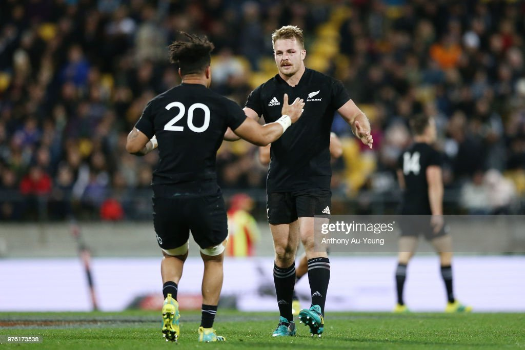 New Zealand v France - Steinlager Series : News Photo