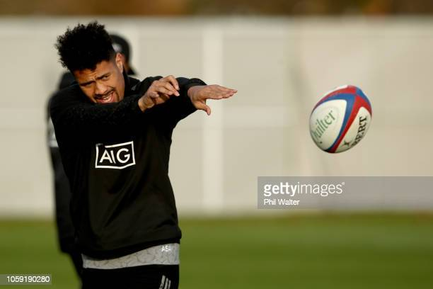 Ardie Savea of the All Blacks passes during a New Zealand All Blacks Training Session at The Lensbury on November 8 2018 in London England