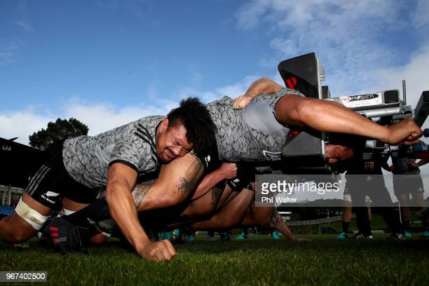 Ardie Savea of the All Blacks scrums during a New Zealand All Blacks training session at Mt Smart Stadium on June 5 2018 in Auckland New Zealand