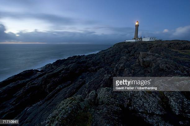ardnamurchan lighthouse, at the westernmost point of the british mainland, west coast, scotland, united kingdom, europe - gavin hellier stock pictures, royalty-free photos & images