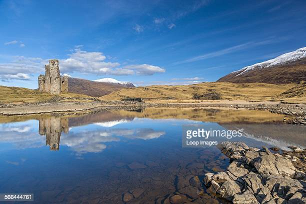Ardvreck Castle which is a ruined 16th century castle on the shores of Loch Assynt