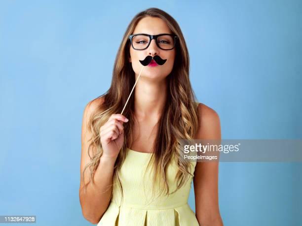 você está apoiando o movember? eu sou - bigode - fotografias e filmes do acervo