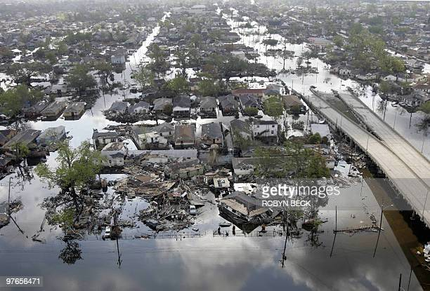 Areas of the Ninth Ward in New Orleans are still flooded after Hurricanes Katrina and Rita 26 September 2005 New Orleans Mayor Ray Nagin is allowing...