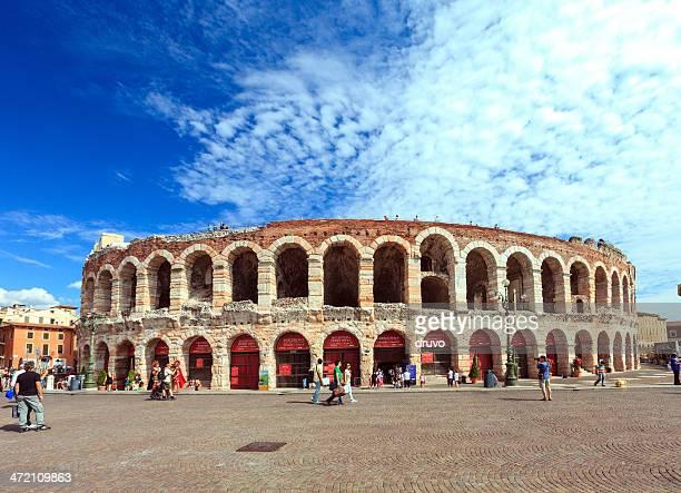 arena di verona, italia - verona foto e immagini stock