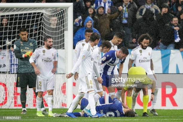 Areola of Real Madrid Dani Carvajal of Real Madrid Sergio Ramos of Real Madrid Luka Modric of Real Madrid Joselu of Deportivo Alaves Marcelo of Real...