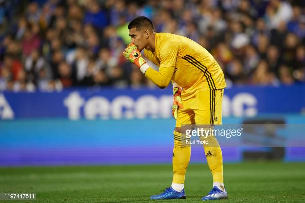 Areola of Real Madrid gives instructions during the Copa del Rey round of 16 match between Real Zaragoza and Real Madrid at La Romareda on January 29...