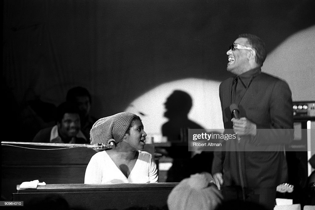 Aretha Franklin And Ray Charles : News Photo