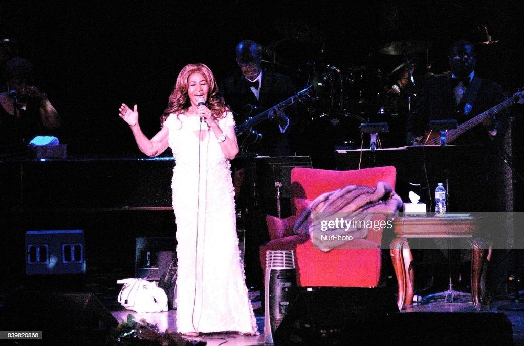 Arethra Franklin Performs in Philadelphia : News Photo