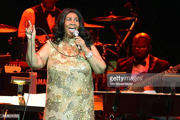 Aretha Franklin performs during her 'Great Diva Classics Tour' at ORACLE Arena on August 10 2015 in Oakland California