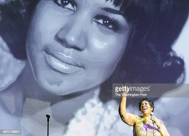 Aretha Franklin sings for the crowd at the National Portrait Gallery gala November 15 2015 in Washington DC The honorees of the first American...